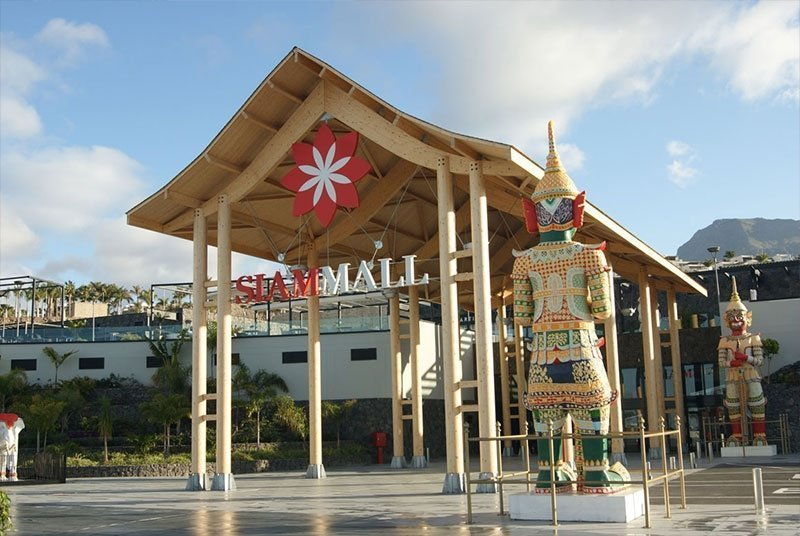 Costa Adeje things to do - Siam Mall