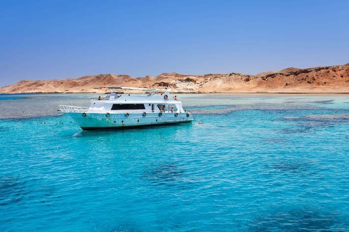 Egypt tours - boat trips in Red Sea.
